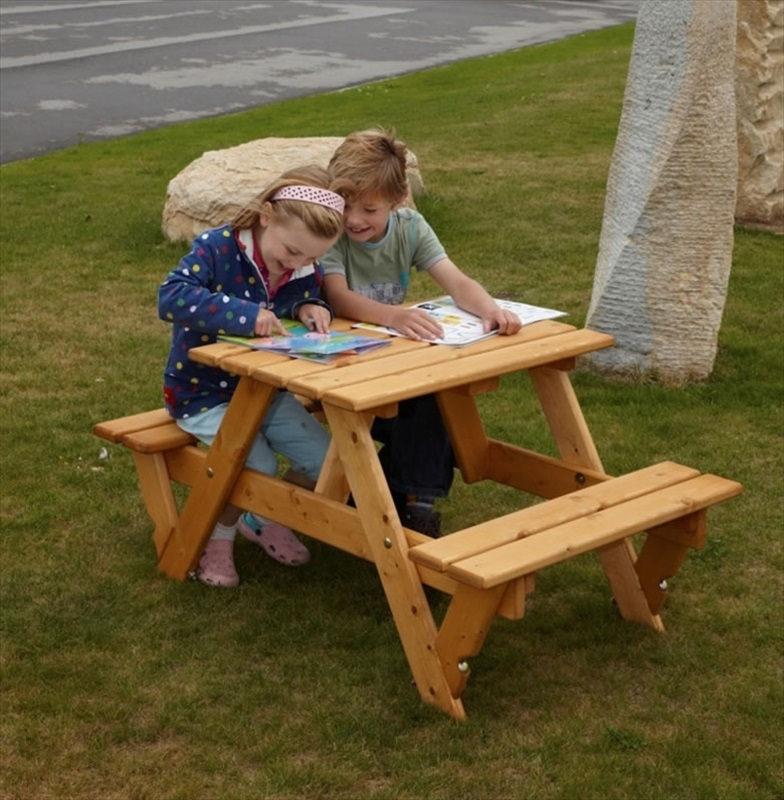 Childrens garden picnic bench the garden factory for Kids sitting furniture
