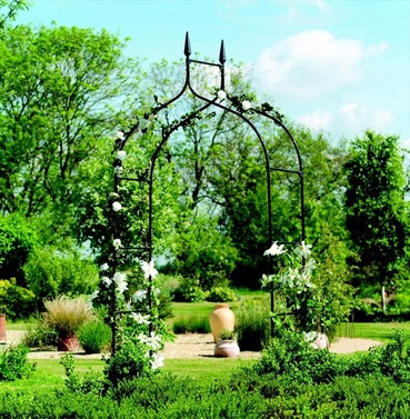 Gothic Metal Garden Arch From Gardman