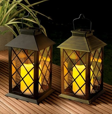 Traditional Solar Garden Candle Lantern - Flickering Amber LED - Bronze